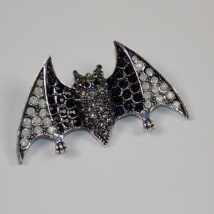 Halloween Bat Brooch Black Silver Color Witch Goth